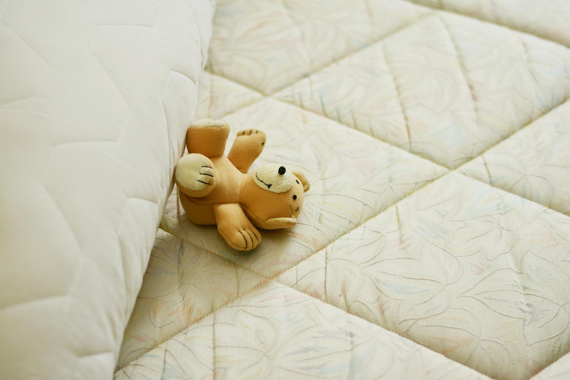 curatare canapele in Bucuresti